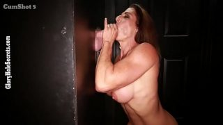 Gloryhole Secrets Muscular MILF Suck Dick